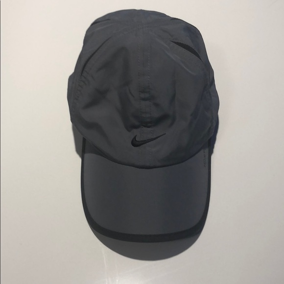 Nike Dri Fit Running Hat. M 5acd56df5521be9cd97dab6e cbd4138047f